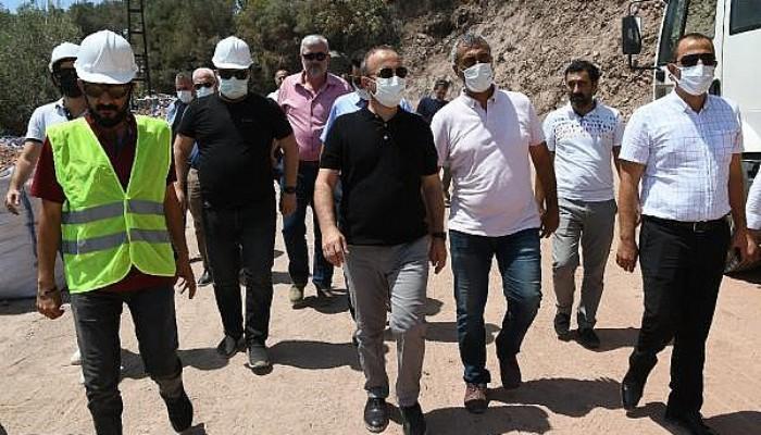 AK Parti'li Turan, Assos'ta Kaya Islahı Çalışmalarını İnceledi