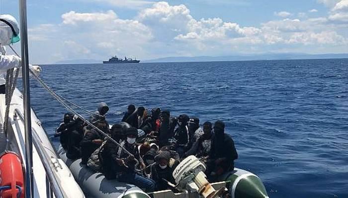 Yunanistan'ın Ölüme Terk Ettiği 85 Kaçak Göçmen Kurtarıldı