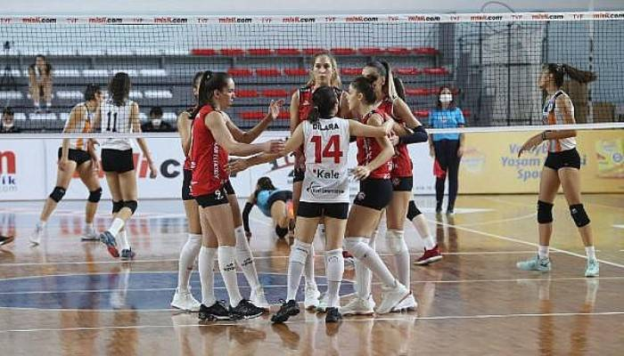 Çan Gençlik Kalespor - Beylikdüzü Voleybol İhtisas: 3-0