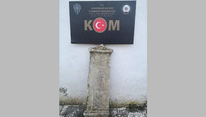Çanakkale'de Antik Yunan'a Ait Mezar Steli Ele Geçirildi