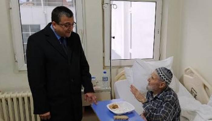 Başkan Öz'den Hastalara Ziyaret