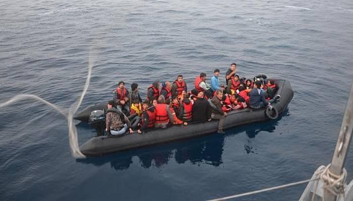 Ayvacık'ta 53'üÇocuk, 101Kaçak Göçmen Yakalandı