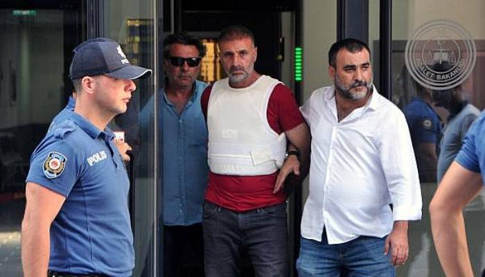 Eşini ve Oğlunu Öldüren Zanlı Tutuklandı