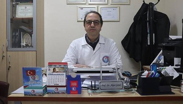 """Prof. Dr. Alper Şener Uyardı; """"Merdivenaltı Maskelere Dikkat"""""""