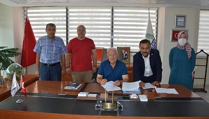 Lapseki Belediyesi'nde Toplu İş Sözleşmesi İmzalandı