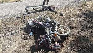 Muhtardan Eski Muhtara 'Otomobiliyle Bilerek Çarptı' Suçlaması