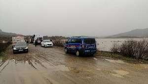 Aracıyla Baraj Suyuna Kapıldığını İhbar Eden Kadın Aranıyor