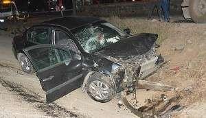 Ayvacık'ta İki Otomobil Çarpıştı: 1 Ölü, 1 Yaralı
